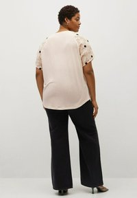 Violeta by Mango - WALTER - T-shirts med print - cremeweiß - 2