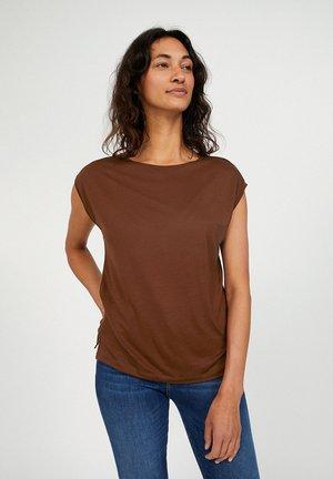 JILAA - Basic T-shirt - cacao