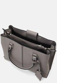 Dorothy Perkins - SIDE BAR TOTE - Handbag - grey - 2