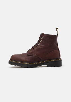 101 - Šněrovací kotníkové boty - cask