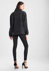 Missguided - OVERSIZED JACKET - Cowboyjakker - black - 3