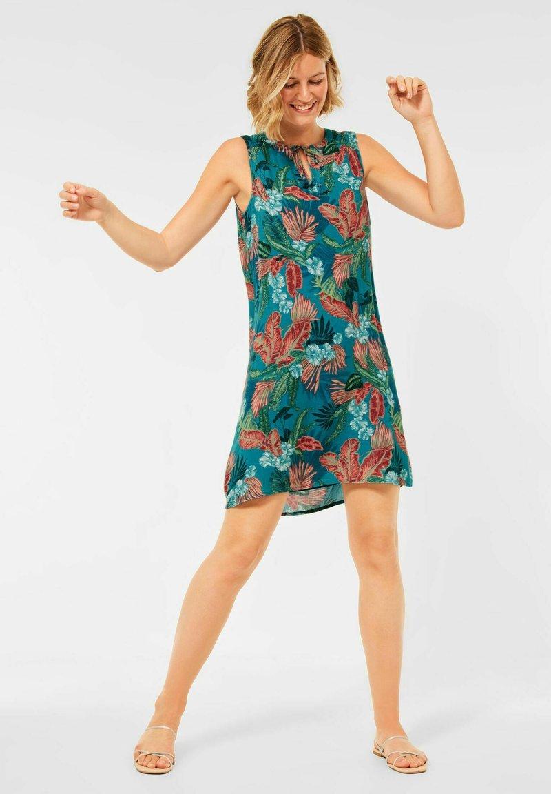 Cecil - MIT HAWAII PRINT - Day dress - türkis