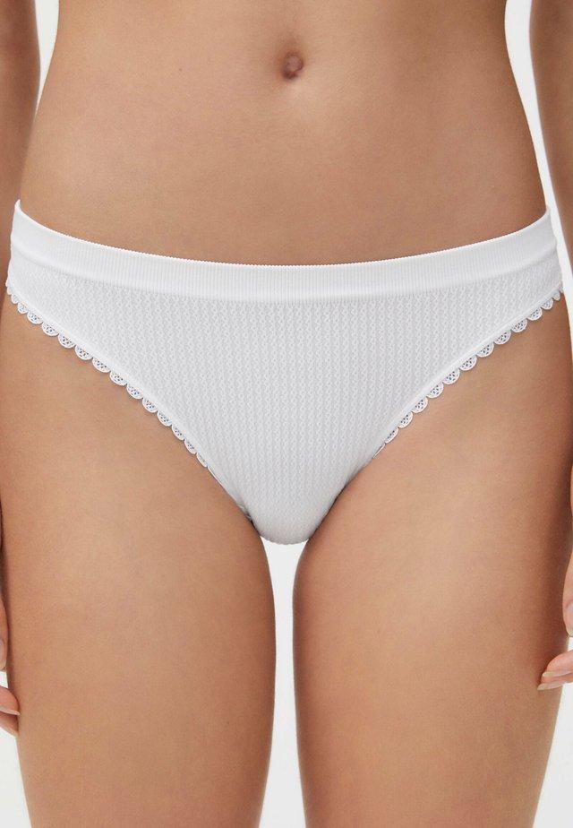 BRAZILIAN SEAMLESS LOOP - Bikini pezzo sotto - white