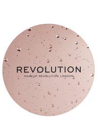 Make up Revolution - SUPERDEWY PERFECTING PRIMER - Primer - - - 2