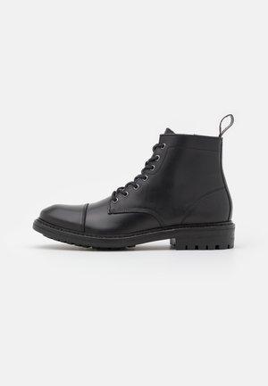 ANGUS - Veterboots - black