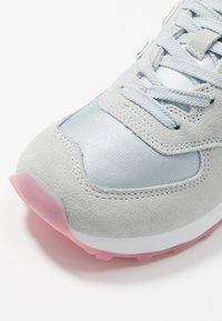 New Balance - WL574 - Trainers - grey/pink - 2