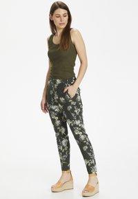 InWear - Trousers - rust elderflower - 1