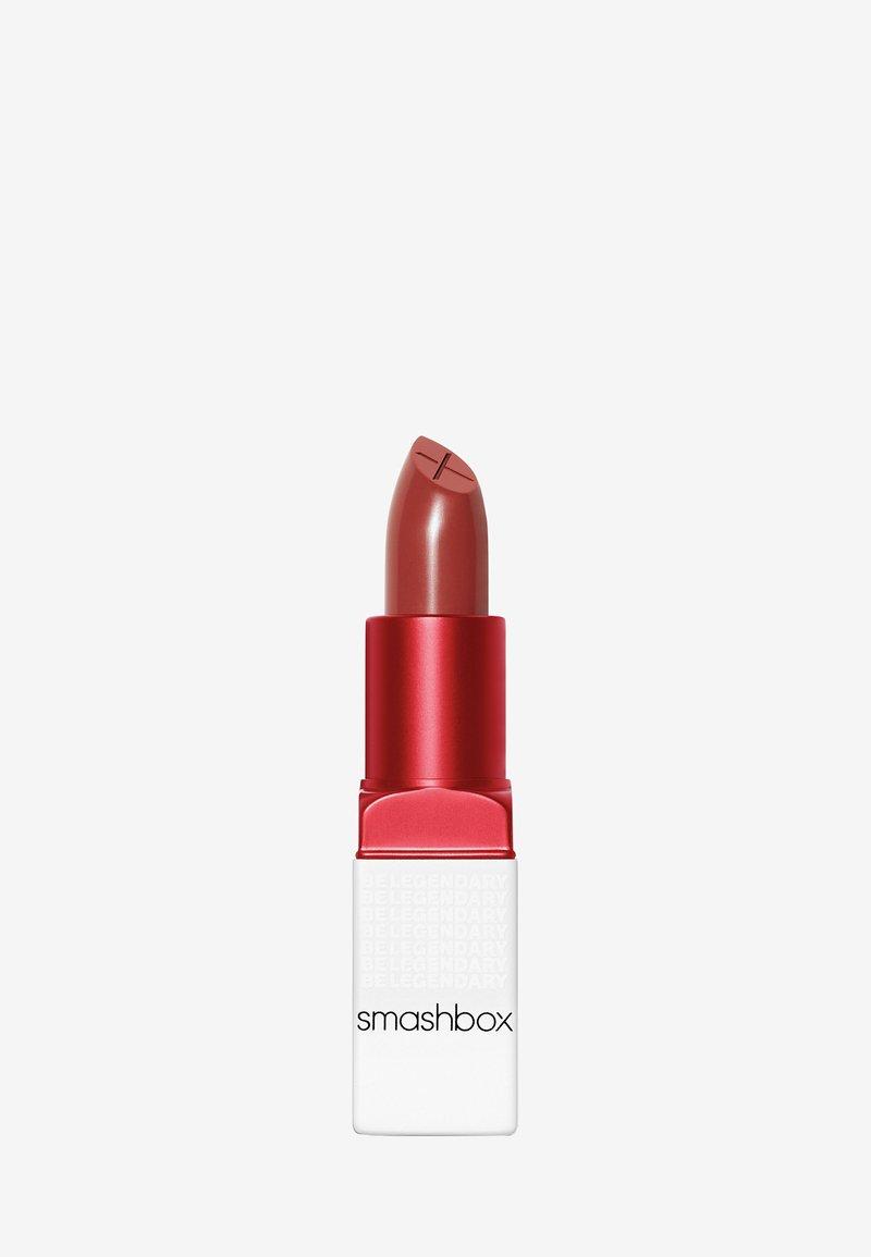 Smashbox - BE LEGENDARY PRIME & PLUSH LIPSTICK - Lipstick - 16 first time