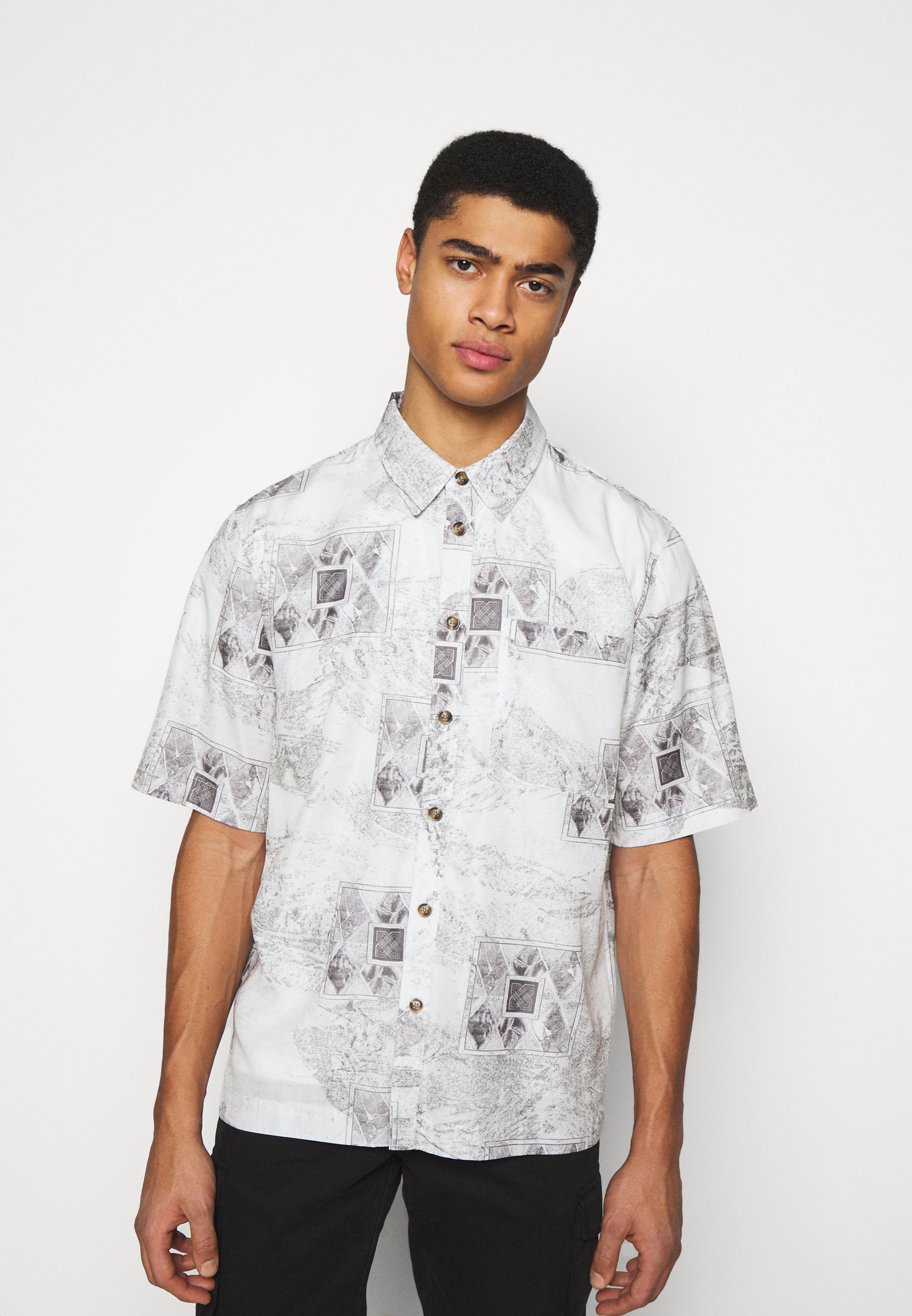 Men BOXY  - Shirt