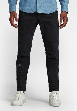 PILOT 3D SLIM - Slim fit jeans - worn in deep water
