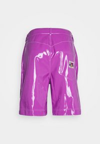 GCDS - DOUBLE STITCH SHORTS - Shorts - fuxia - 1