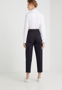 Tiger of Sweden - PESARO - Trousers - midnight blue - 2