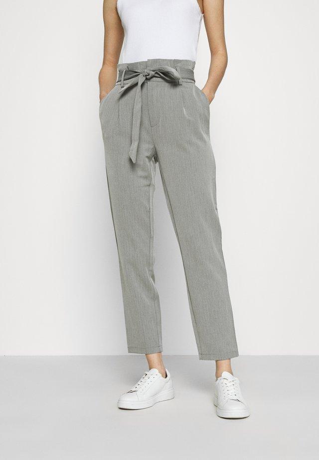 ONLLONZO PAPERBAG BELT PANT - Pantalones - black