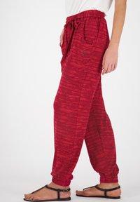 alife & kickin - ALICEAK - Trousers - cranberry - 3