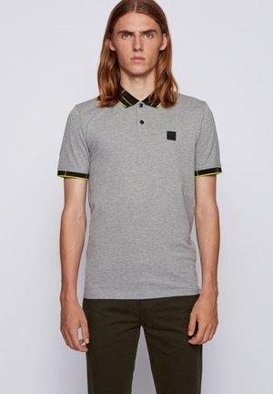 PRESET - Polo shirt - grey