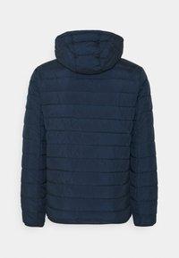 TOM TAILOR DENIM - LIGHTWEIGHT JACKET - Light jacket - sky captain blue - 1