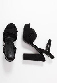 co wren wide fit - Sandaler med høye hæler - black - 3