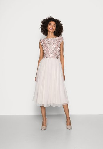 RUFFLE BODICE BACK EMBELLISHED MIDI DRESS - Koktejlové šaty/ šaty na párty - pearl pink
