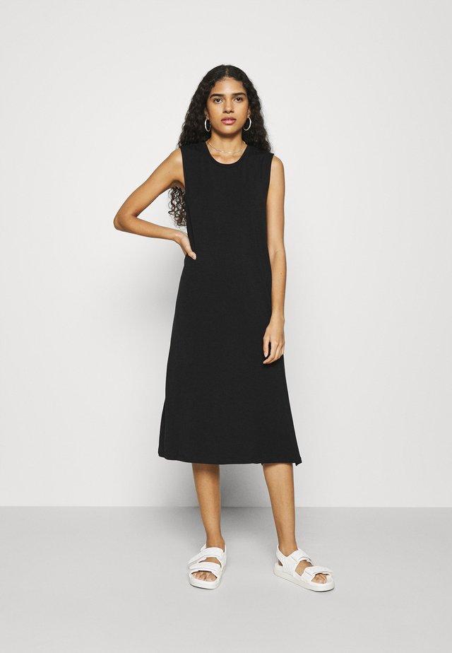 SLFGIA MIDI DRESS - Sukienka letnia - black