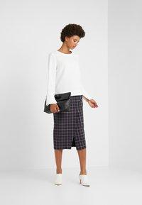 Strenesse - SAROTA - Pencil skirt - dark blue - 1
