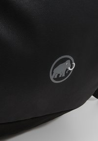 Mammut - SEON SHUTTLE 22L - Rucksack - black - 7