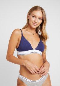 Calvin Klein Underwear - MODERN LINED - Triangel-BH - purple night heather - 0