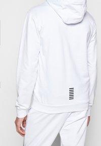 EA7 Emporio Armani - Zip-up hoodie - white - 5