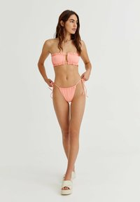PULL&BEAR - Bikini bottoms - coral - 1