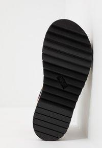Teva - MIDFORM CERES WOMENS - Walking sandals - double diamond/firey red - 4