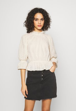 PCCAMEO 3/4 TOP - Blouse - white
