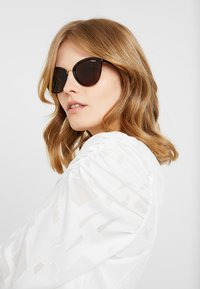 VOGUE Eyewear - Lunettes de soleil - top havana light brown - 1
