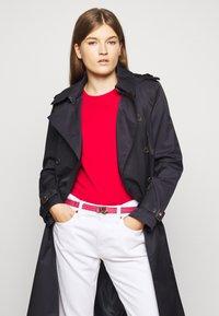 Lauren Ralph Lauren - Pásek - ruby/navy - 0