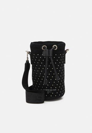 BUCKET XS - Across body bag - black