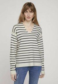 TOM TAILOR - Sweter - offwhite navy stripe - 0