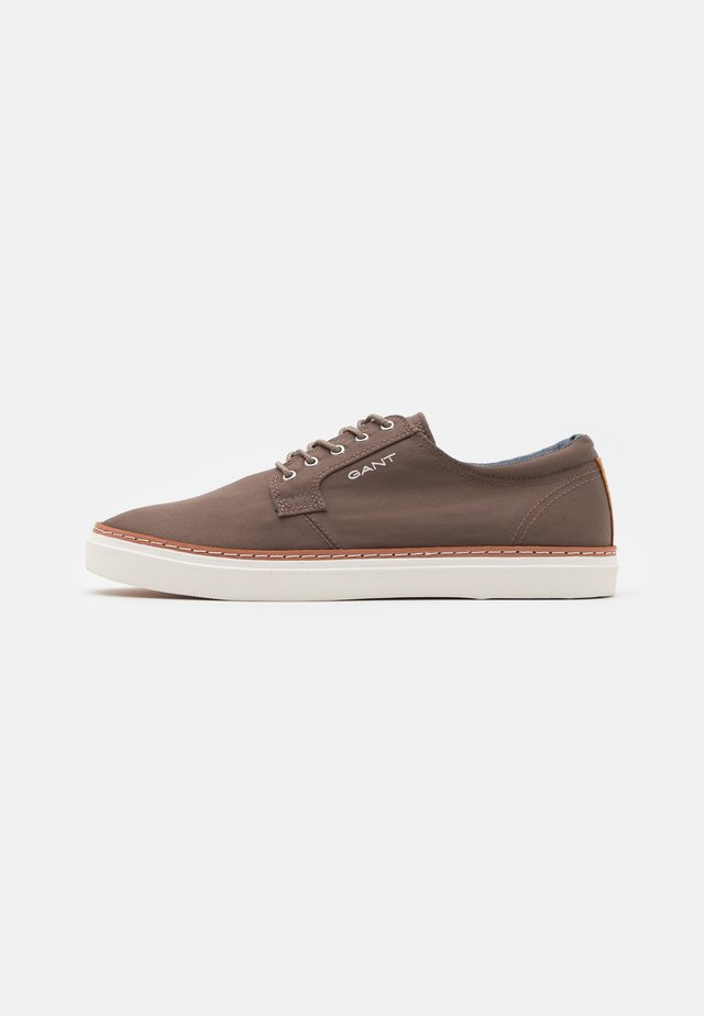 PREPVILLE LACE SHOES - Sneakers laag - taupe