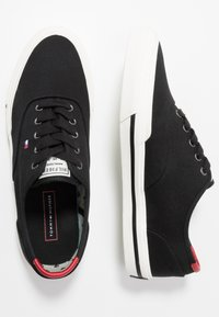 Tommy Hilfiger - CORE OXFORD - Trainers - black - 1