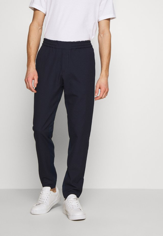 MENS DRAWCORD TROUSER - Chino - navy