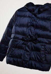 Massimo Dutti - MIT KAPUZE  - Down jacket - dark blue - 5