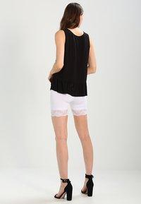 Cream - MATILDA BIKER - Shorts - optical white - 2