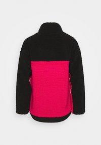 Oakley - WOMENS - Fleece jumper - black/rubine - 7