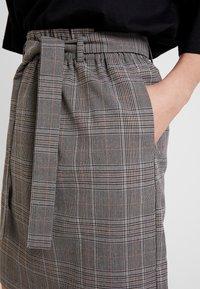 ONLY - ONLRIGIE SAVIL SKIRT - Mini skirt - light brown - 4