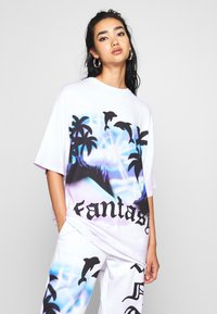 Jaded London - OVERSIZED FANTASY HEART SCENE - Camiseta estampada - multi - 0