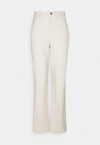 POCKET PANTS - Pantalones - beige