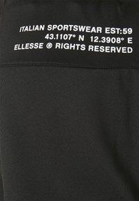 Ellesse - VENO SHORT - Pantalón corto de deporte - black - 5