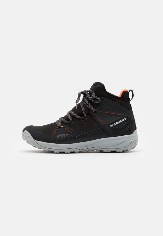 SAENTIS PRO WP - Scarpa da hiking - black/vibrant orange