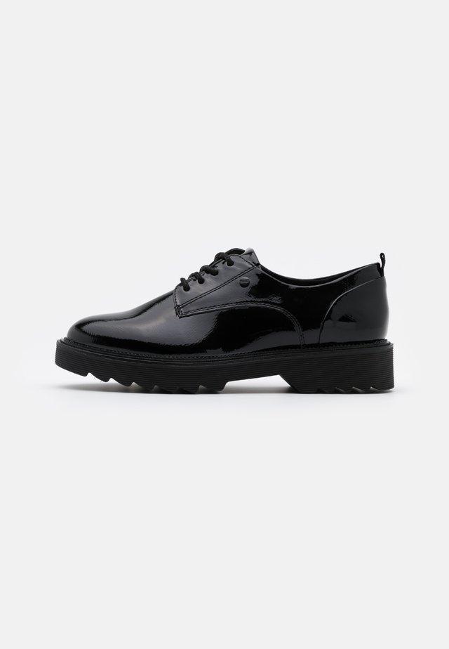 LYON LU - Šněrovací boty - black