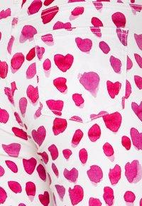 Fabienne Chapot - EVA FLARE TROUSERS - Flared Jeans - happy leopard - 6