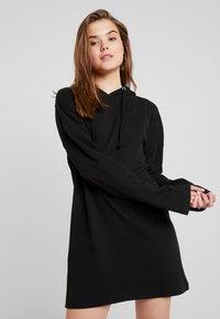 Missguided - HOODIE DRESS - Jersey dress - black - 0