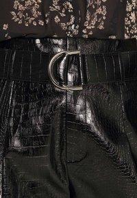 4th & Reckless - SLAONE  - Shorts - black croc - 5