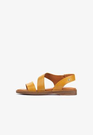 MORAIRA - Sandals - honey